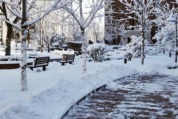 Streu- und Räumpflichten im Winter für Vermieter und Hauseigentümer