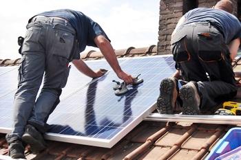 Photovoltaikanlagen mit Batteriespeicher werden gefördert
