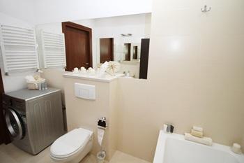 dübellose Befestigungen im Badezimmer