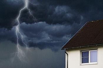 Unwettergefahr - auf den richtigen Versicherungsschutz achten