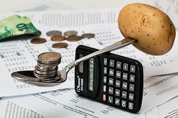 Einsparungen im Haushalt